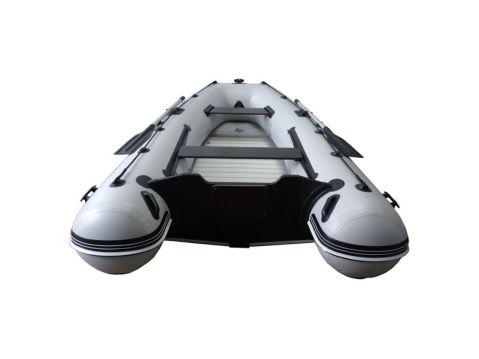 Motorna lodka omega 330 KU